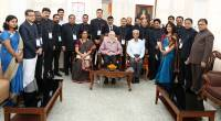 The 19 IAS officers undergoing Induction Training at Institute of Management in Government called on the Governor Shri Justice (Retd) P Sathasivam at Kerala Raj Bhavan today. Shri K Jayakumar, Director IMG and Prof. Jayasree is also seen.